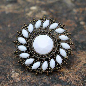 [5/$25] Bronze White Gem Metal Stretch Ring